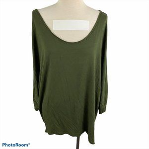 SUZY SHIER Olive Green Scoop Neck Sweater